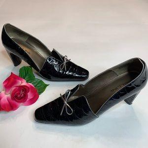 Bellini Womens Size 9 Black Tuxedo Top Heels